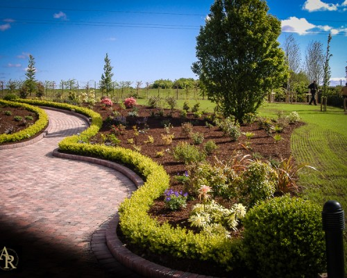 Lakeside Landscaping Ground Maintenance